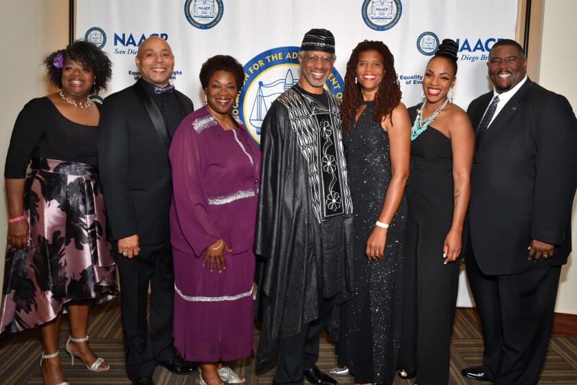 Wanda Rogers (assistant treasurer; event co-chair), Darryl Stovall Jr. (treasurer), Francine Maxwell (1st VP; event co-chair), Clovis and Monica Honor (he's president), Chida Darby, Dr. Leonard Thompson (event producer, and an honoree)