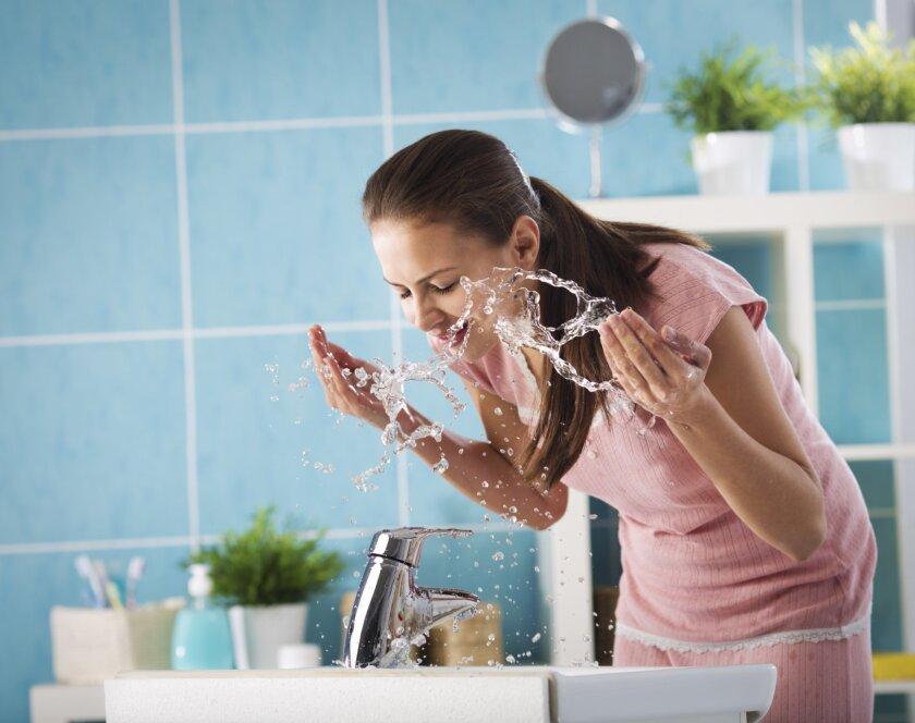 splashing_face