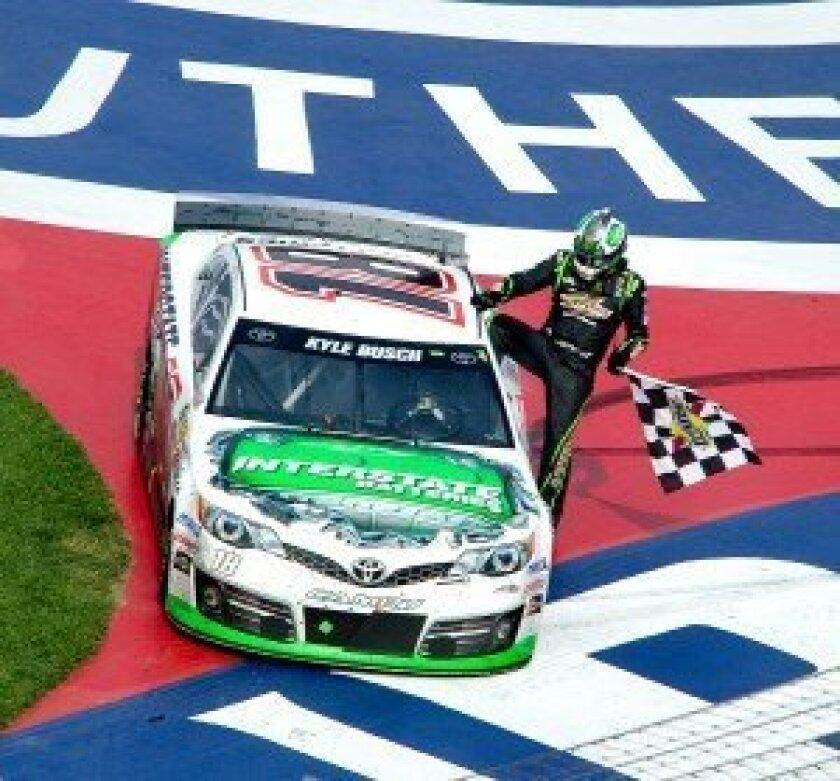 Kyle Busch wins Auto Club 400