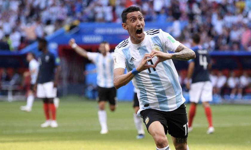 Ángel Di María celebra su gol sobre Francia.