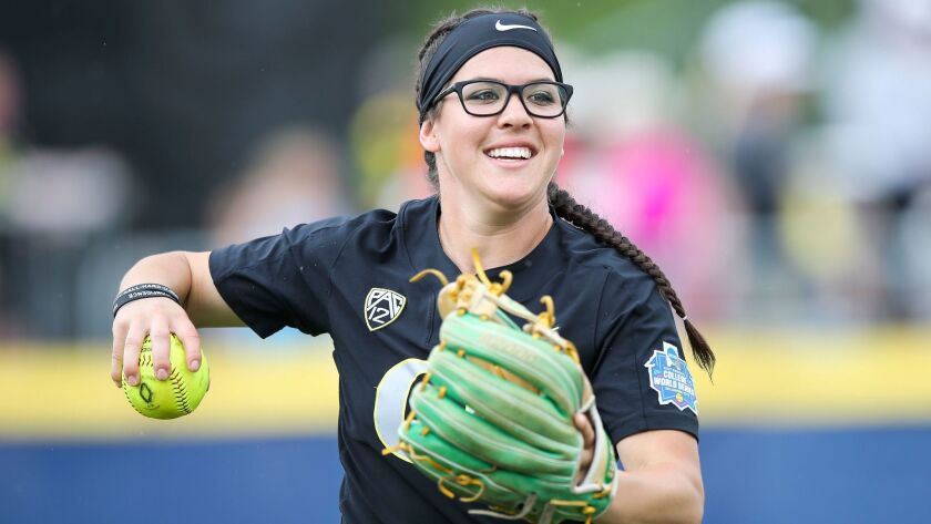 The Oregon Ducks take on the Baylor Bears in game 8 of the Women's College World Series at ASA Hall