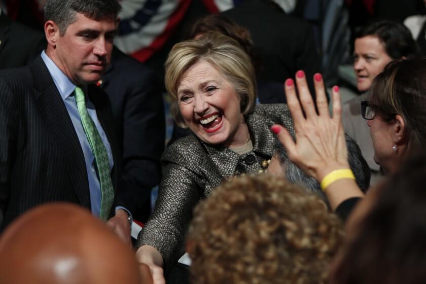 Hillary Clinton, precandidata demócrata a la presidencia de EEUU, durante un acto de campaña el 26 de abril en Philadelphia luego de ganar las primarias en Pennsylvania.