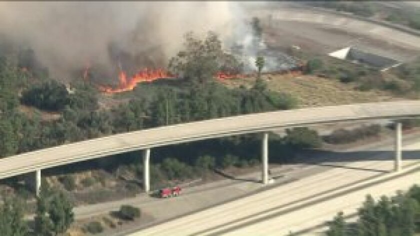 Brush fire breaks out along the 134 Freeway