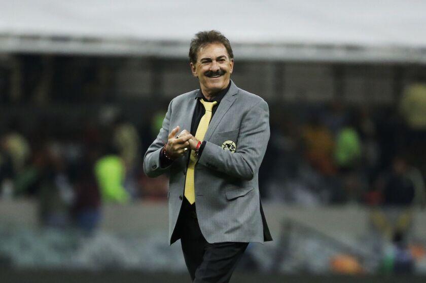 Confirman a Ricardo La Volpe con el América.