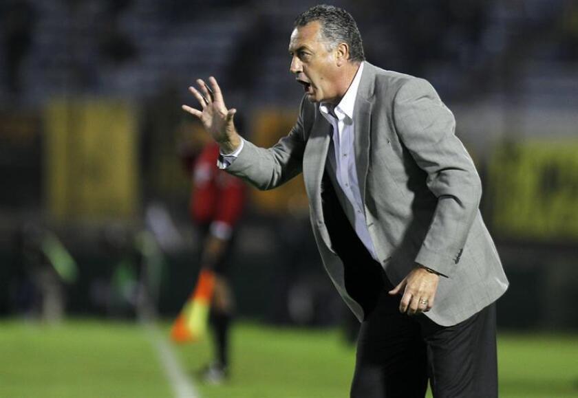 Gustavo Alfaro asume el miércoles como nuevo entrenador de Boca Juniors