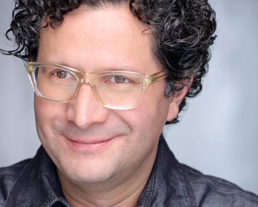 """El venezolano Alberto Arvelo vuelve a colaborar con su compatriota Gustavo Dudamel para elaborar la instalación artística que acompaña una nueva versión de """"La Creación"""" de Haydn."""
