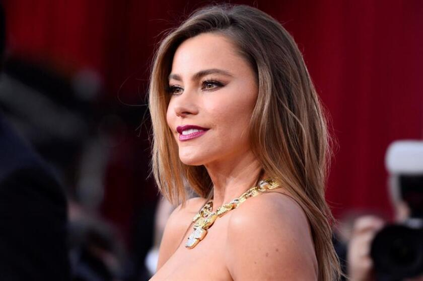 Colombian actress and model Sofia Vergara arrives for the 22nd annual Screen Actors Guild Awards ceremony at the Shrine Auditorium in Los Angeles, California, USA. EFE/FILE