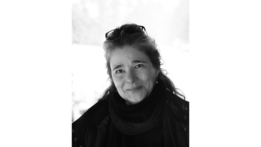 """Jane Mead, author of """"World of Made and Unmade,"""" has died at 61."""