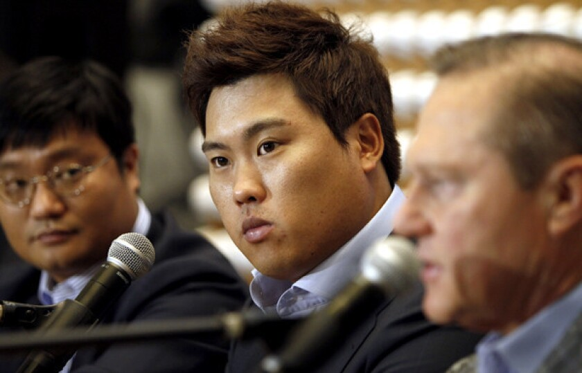 Ryu Hyun-jin signs with Dodgers