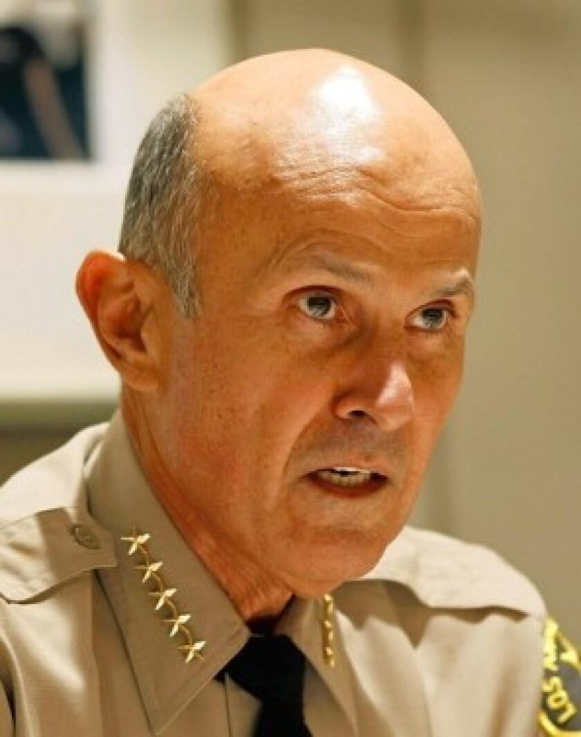 U.S. widens probe of jail abuse