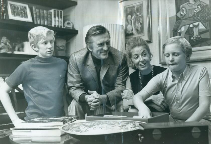 Kirk Douglas | 1969