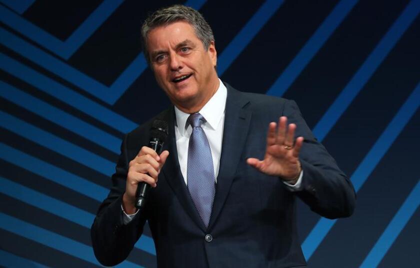 El director general de la Organización Mundial del Comercio (OMC), el brasileño Roberto Azevedo, pronuncia su discurso durante la celebración del Día de la Industria alemana, en Berlín (Alemania), hoy, 25 de septiembre de 2018. EFE