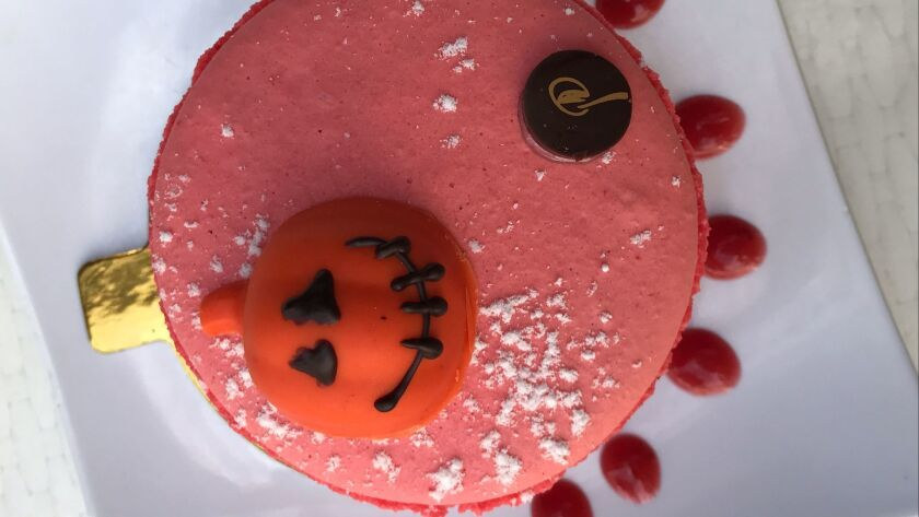 Enjoy Halloween-themed desserts at Le Parfait Paris.