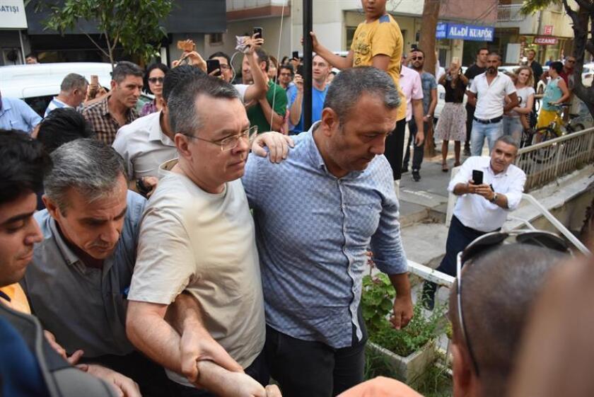 Gobierno cree que pastor preso en Turquía será liberado pronto, según medios