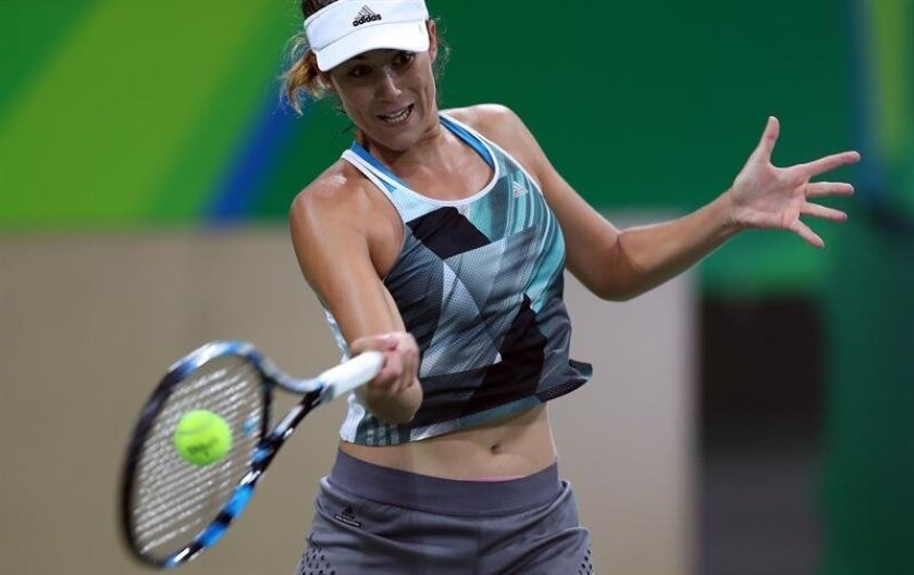 Reigning French Open champion Garbiñe Muguruza has joined the rest of Spain's Olympic tennis contingent after her delayed arrival Thursday in Rio, where she will be competing in women's singles and doubles and also teaming up with 14-time Grand Slam champion Rafael Nadal for the mixed doubles. EFE/