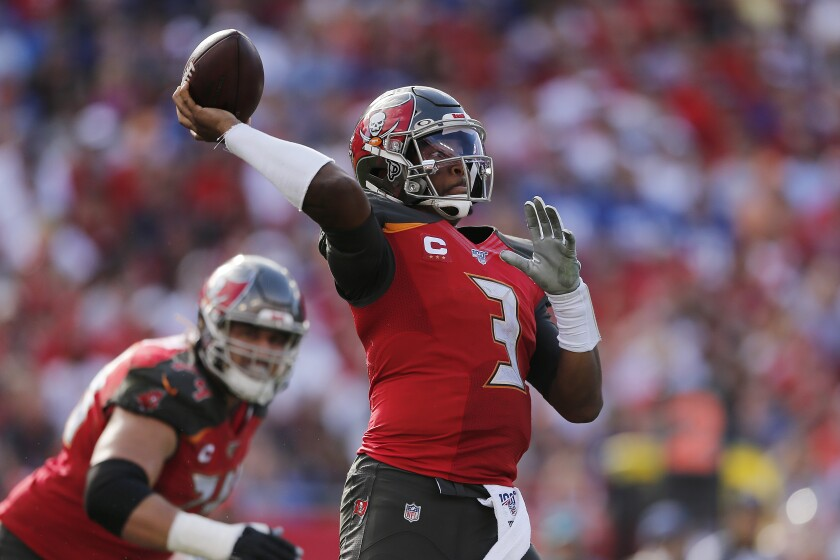 Buccaneers quarterback Jameis Winston throws against the Giants on Sept. 22, 2019.