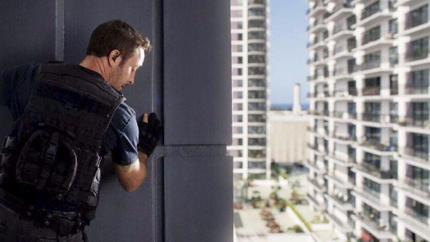"""Hawaii Five-0 -- CBS TV Series, """"He ke\'u na ka \'alae a Hina"""" -- When McGarrett gets a tip that som"""