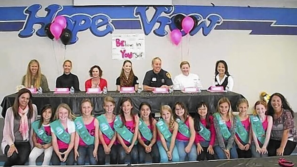Girl Scouts get leadership tips - Los Angeles Times