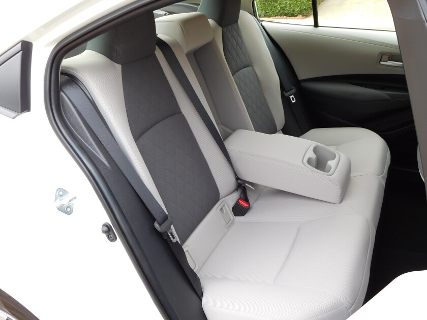 -CorollaHybrid-BackSeats.JPG