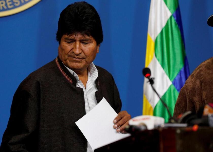 Renuncia presidente de Bolivia - Los Angeles Times