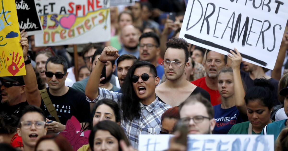 DACA Zeitleiste: Der Aufstieg und die Widerstandsfähigkeit der 'Träumer' - Programm