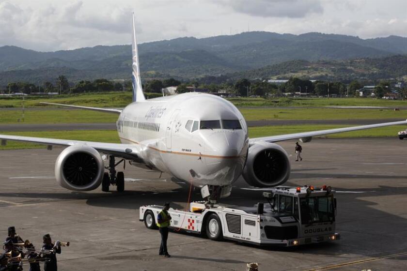 La panameña Copa Airlines presenta el avión Boeing 737 MAX 9, uno de los aviones más modernos del mercado, el martes 18 de septiembre de 2018, en el Aeropuerto Internacional de Tocumen, en Ciudad de Panamá (Panamá). EFE/Archivo