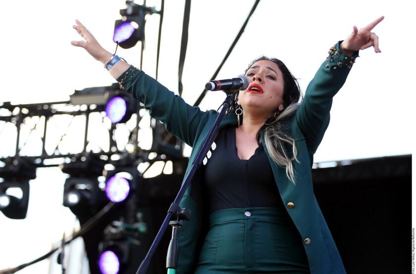 El estilo de Carla Morrison ha sido comparado con el Natalia Lafourcade, quien de hecho ha producido dos discos suyos; pero ella sabe que posee su propia identidad.