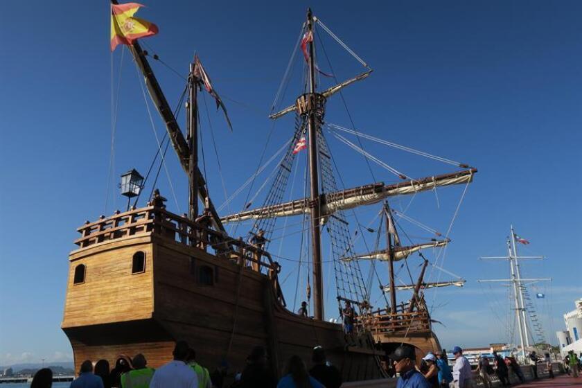 Replica of Columbus' Santa Maria docks in Puerto Rico