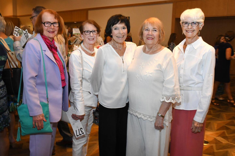Sandra Phillips, Patricia Boer, Ginny Black, Norma Hidalgo-del Rio, Dori McCue