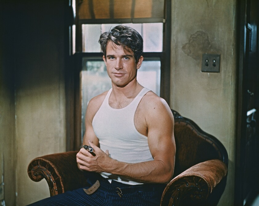 """Actor Warren Beatty as Clyde Barrow on the set of the crime drama """"Bonnie and Clyde'"""" (1967)."""