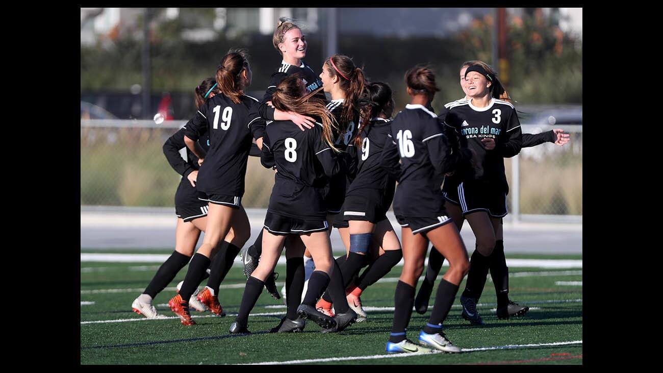 Photo Gallery: Corona del Mar vs. Lakewood Mayfair in girls' soccer