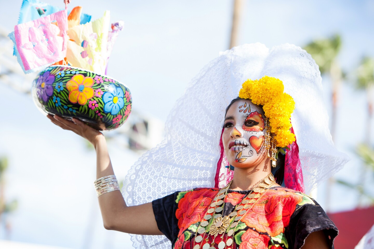 A look at a past Dia de los Muertos event celebration held at the Hollywood Forever cemetery.
