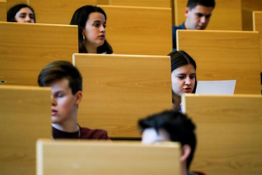 Un grupo de estudiantes. EFE/Archivo