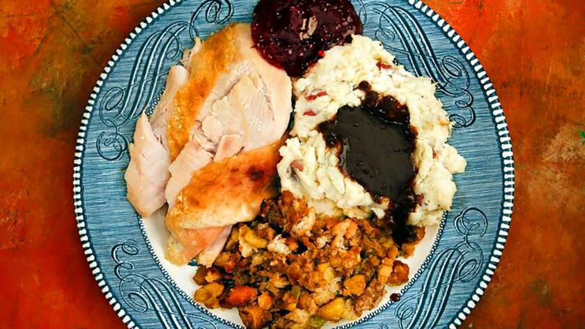 thanksgiving-turkey-dinner-plate-jpg-20161122
