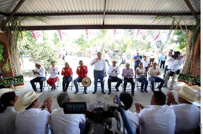 Los homicidios, secuestros y extorsiones crecieron durante la gestión de Andrés Manuel López Obrador como Jefe de Gobierno del Distrito Federal, aseguró el precandidato respaldado por el PRI, José Antonio Meade.