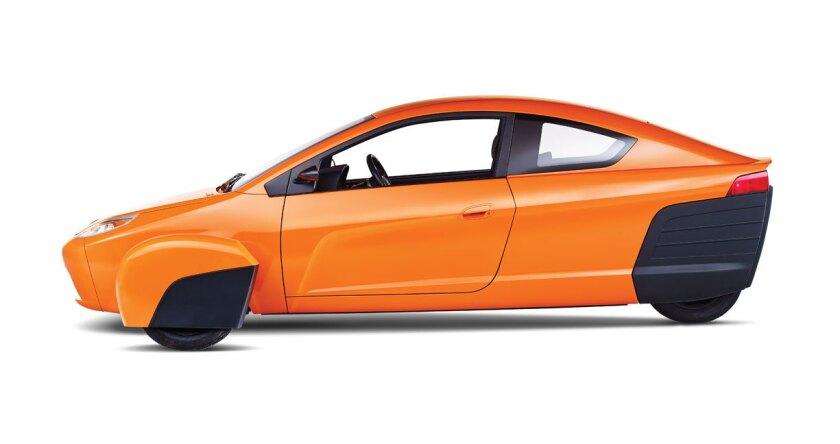 El Elio es un auto diferente, barato y muy económico. Con poco tráfico puede dar hasta 80 millas por galón.