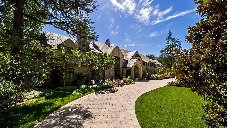 A record home sale in La Cañada Flintridge | Hot Property