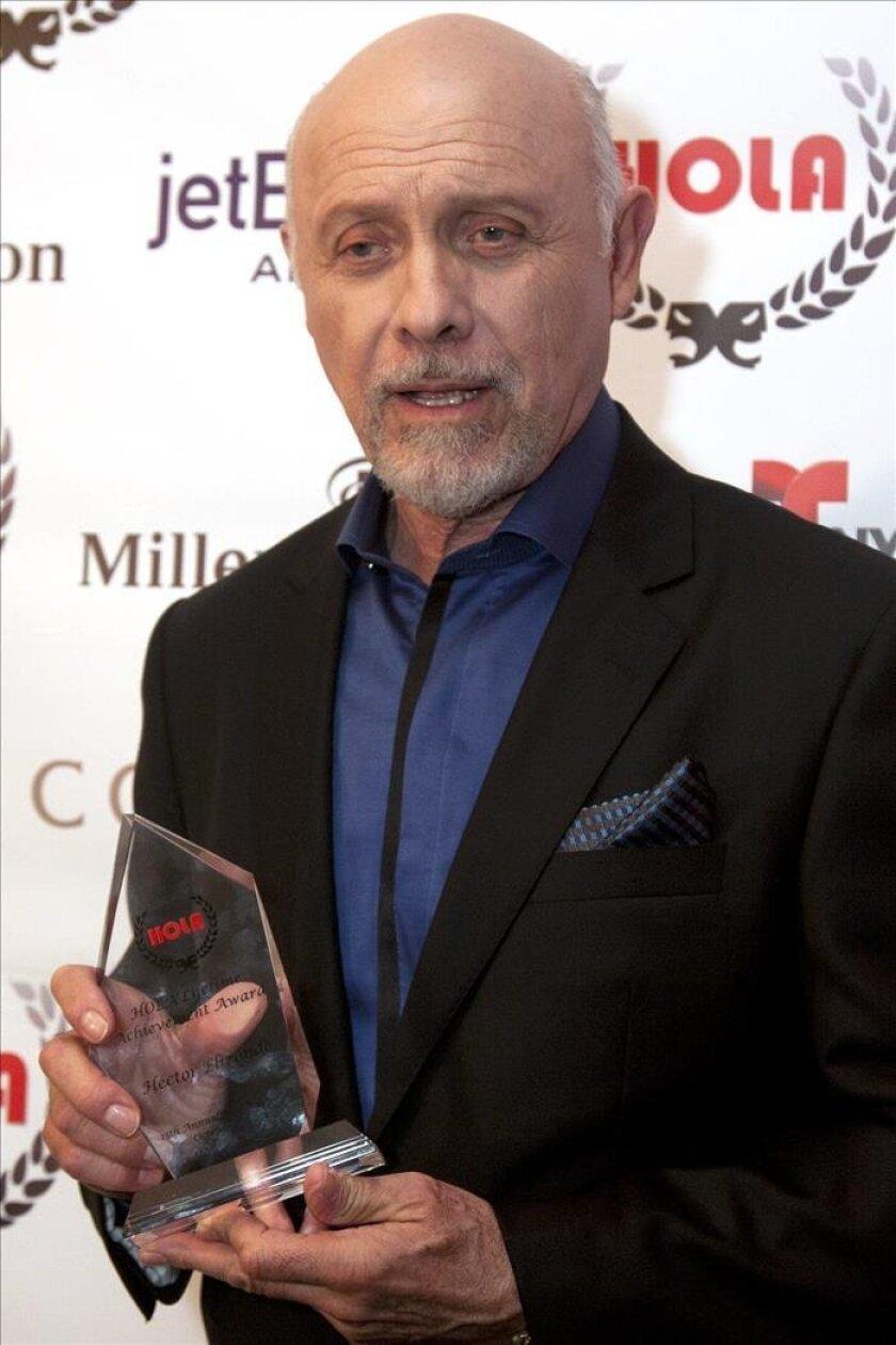 Actores Estadounidenses Hablando Español el actor héctor elizondo es reconocido por sus colegas con