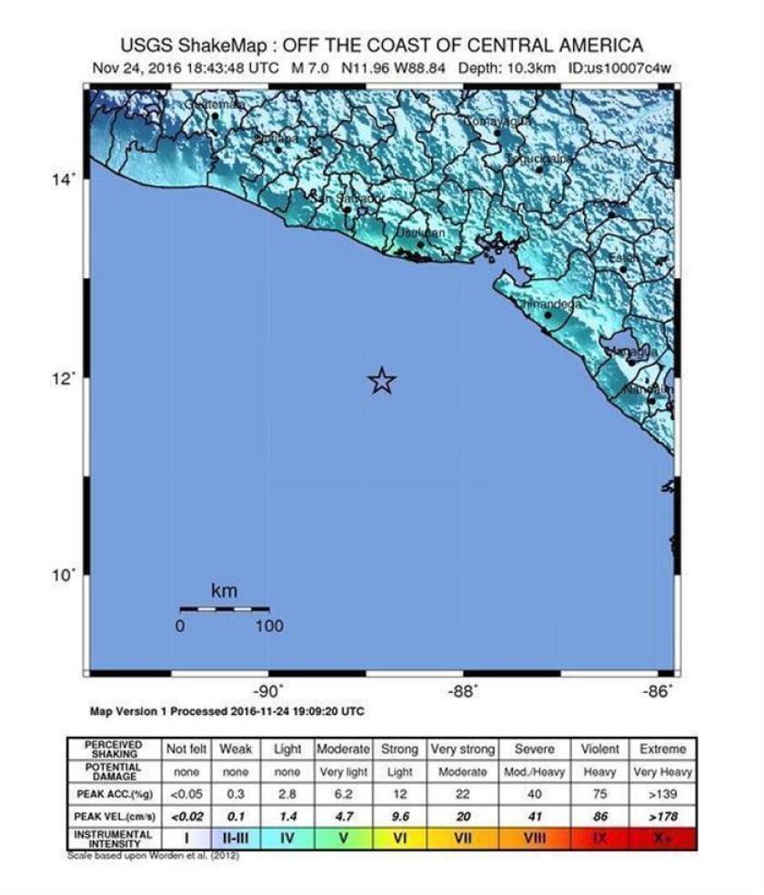 """Un terremoto de magnitud 7,2 en la escala abierta de Richter originado hoy en El Salvador sacudió toda Centroamérica, sin que hasta el momento se hayan reportado víctimas ni daños, y """"existe una amenaza de tsunami"""", informó el Ministerio de Medio Ambiente y Recursos Naturales (MARN)."""