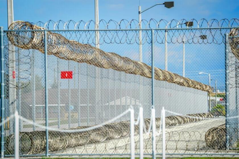 Guatemalteco denuncia detención prolongada en una cárcel de Inmigración