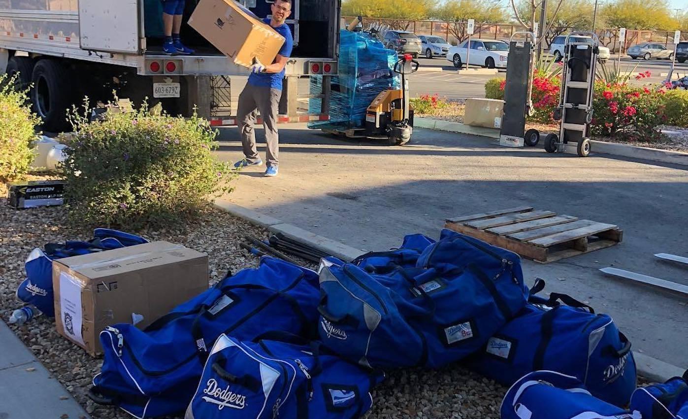 Los Dodgers llegaron a Camelback Ranch, en Glendale (Arizona), para comenzar sus trabajo rumbo a una nueva temporada en las Grandes Ligas.