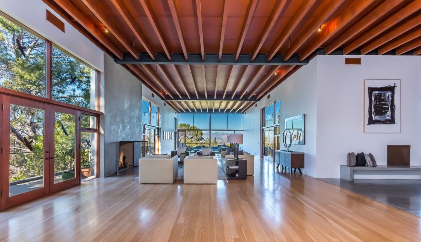 Kathryn Bigelow's Beverly Hills home