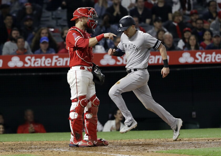 the latest c769a a19f2 Opportunistic Yankees walk away with the win against the ...