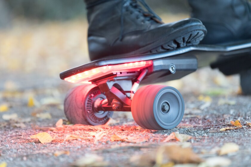 Smarter Skateboard A popular solution for last mile commuting, the electric skateboard is simplified