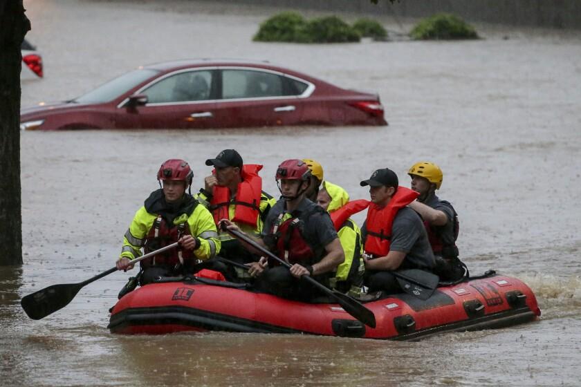 Viento y lluvia provocan inundaciones en el sur de EEUU