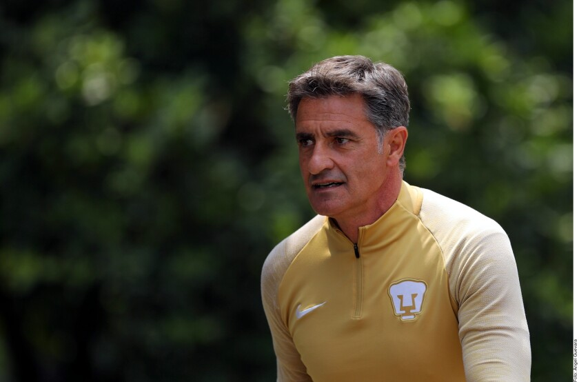 El técnico felino, Miguel González, dijo que su equipo no puede basarse en un solo sistema de juego.