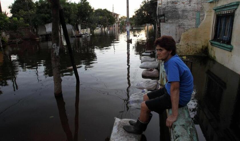 Al menos 17 millones de personas serán desplazadas por fenómenos naturales los próximos 30 años, dijo hoy Omar de la Torre, secretario de la Conferencia Interamericana de Seguridad Social que se celebra en Cancún, caribe mexicano. EFE/ARCHIVO