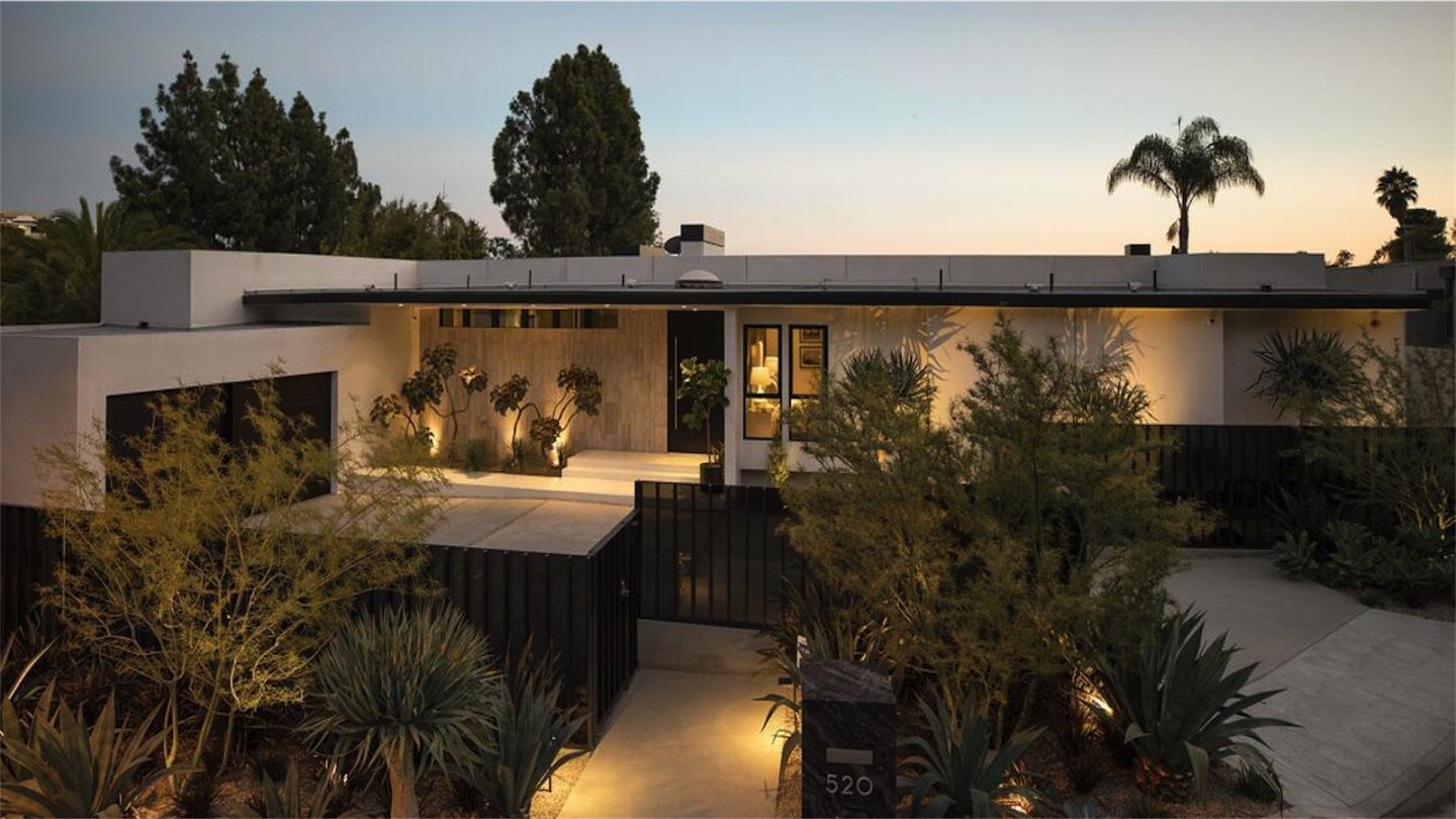 Jared Pobre's Beverly Hills home | Hot Property