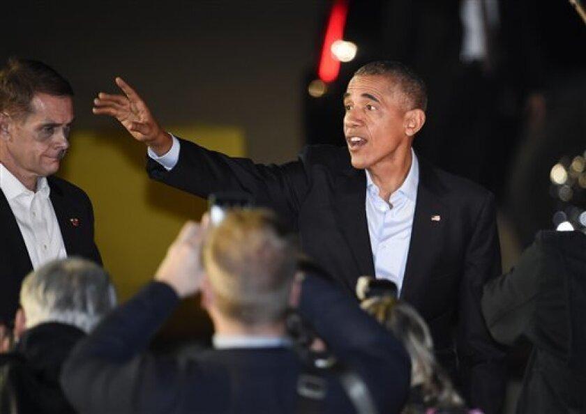 El presidente Barack Obama acudió hoy a los jóvenes para mantener su legado durante un mitin en Florida en el que les pidió elegir a la candidata demócrata, Hillary Clinton, como su sucesora en la Presidencia.