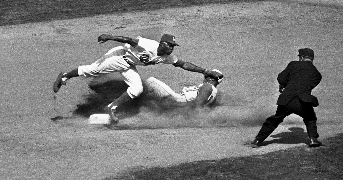 This day in sports: Dodgers and Angels top the standings in 1962